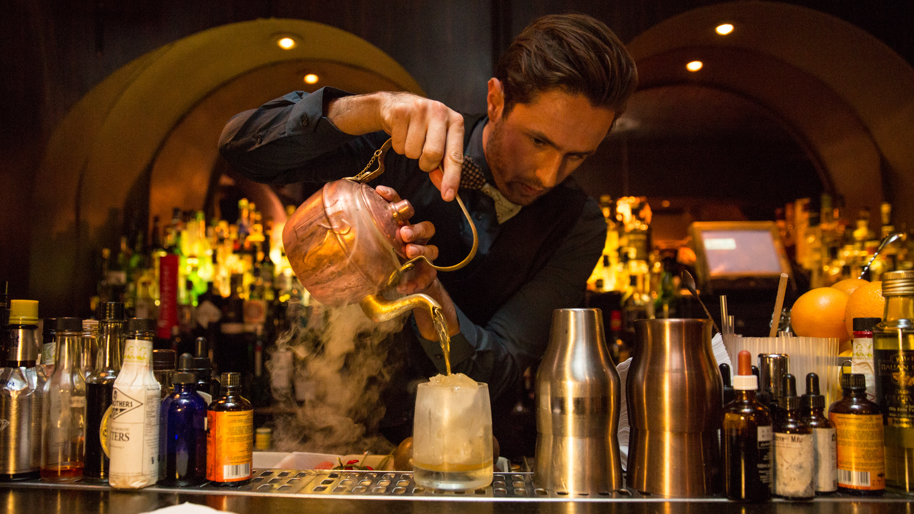 Door 74 cocktail bar amsterdam stijlmeisje for Door 74 amsterdam