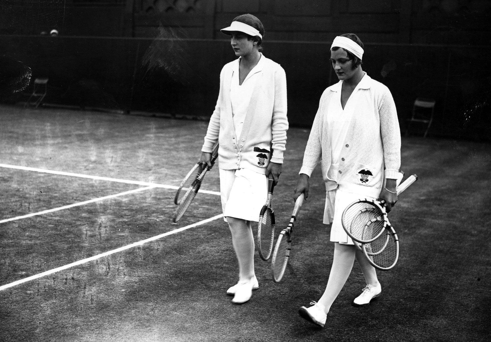 Sporty white Wimbledon Stijlmeisje
